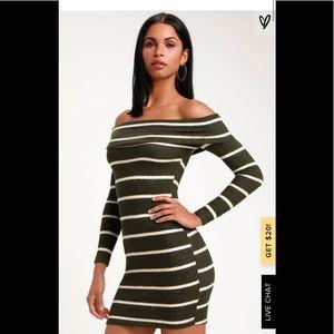 Lulu's Nella olive off shoulder sweater dress S